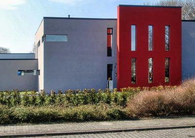 Errichtung eines Bürogebäudes mit einer Lagerhalle