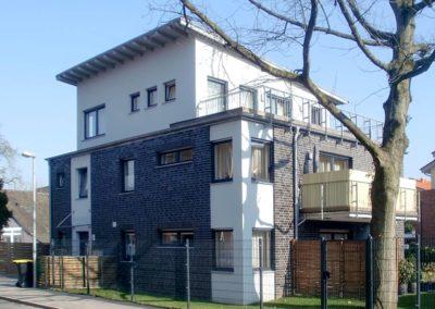 Neubau eines Zweifamilienhauses mit Garage